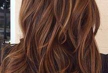 Haare / Haare, Farbe, Schnitt