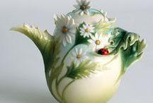 Teiere e porcellane