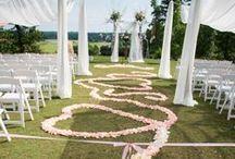 Kristin + Chris 6.7.14 / Venue: Legacy Lookout at Foxhall Resort Florist: Floral Creations Photographer: Jayne B Photography
