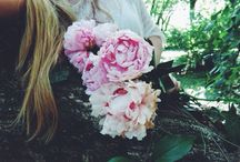 Wake up and smell the peonies! / Peonies & Shoes She: Anita Alegría