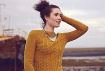 All At Sea / Cosy knits for seafarers. Use traditional techniques in modern, stylish ways. Think beyond sweaters to accessories and essential homewares. This is for our Best of British issue.