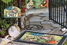 Artist Susan Winget / Lovely outdoor garden flags, mailbox covers and doormats created by Artist Susan Winget. From decorative flags will enhance your outdoor garden decor.