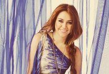 <3 Miley Ray Cyrus <3 / Este tablero lo he creado para tener todas las fotos de Miley Cyrus :)