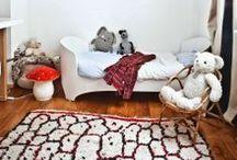 Un tapis berbère dans la chambre