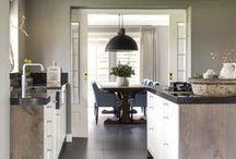 Landelijke Keukens / Landelijke keukens die stuk voor stuk zijn gerealiseerd door Keukenstudio Regio Oost te Rijssen.