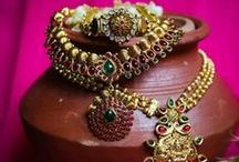 Indian Wedding Jewelry / Collection of Traditional Indian Jewelry for The Perfect Indian Wedding