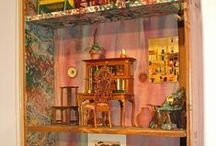 Miniature Furniture / Miniature furniture in the Museum of Miniature Houses collection