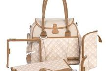 Oak Buff / Prevalent on the runways for Fall/Winter 2015/16, Babymoov offers several diaper bags in this warm, mellow color.