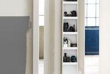 BADRUM - detaljer & tillbehör / Det är detaljerna som gör helheten speglar, spegelskåp, lådinredningar, handtag, blandare och krokar. Här sätter du det sista viktiga detaljerna i ditt nya badrum.