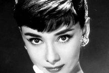 Audrey Hepburn / Audrey Hepburnの熱狂的FANによるFANのためのFANボード