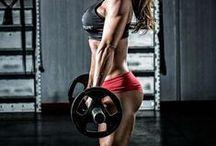 (cross-) fit girls / sport motivation, strong women, strong girls, strong is the new sexy, crossfit