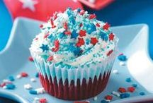 4th of July / Outfit your party in red, white and blue with these DIY 4th of July decorations.