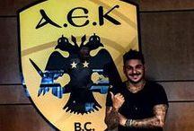 Ελληνικά: Μπάσκετ / Ποδόσφαιρο (AEK και Ολυμπιακός) / BC and FC