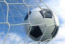 Footballs/Goal posts/Gloves