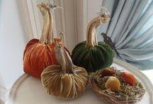 Thanksgiving  / Thanksgiving vintage postcard art and decor