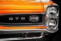 Vintage & Muscle Cars / by Matheus Asfora