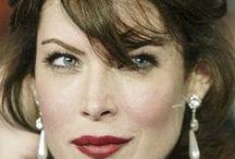 Lara Flynn Boyle /  born 24 March 1970 Country of origin:  United States