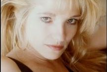 Ellen Barkin / Ellen Barkin [ born: Ellen Rona Barkin on April 16, 1954 in Bronx, New York ] is an American actress and producer.