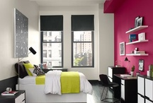 Accent Walls / Accent wall paint offers a simple, stylish way to add colour to a room and experiment with smaller doses of brighter, bolder hues.