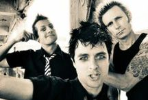 MUSIC:  GREEN DAY / MUSIC is everything / by Lara Rick