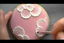 Cookies - brush embroidery