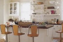 Beautiful Kitchens  / We're inspired by beautiful, functional, homely and stylish kitchens...