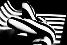 Nicknero's Glamotics / L'erotismo è nell'immaginazione. Intangibile e personalissimo, come la poesia. Suggestione nel corpo e nella mente