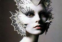 the Dark Side of Fashion / A walk on the twisted side of fashion