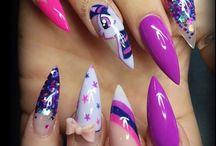 Nails.... Glorious nails