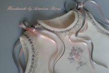 Exquisite baby clothes/Ropa de bebé exclusiva / Handmade by Arantza Rivas baby and children exquisite clothes/Handmade by Arantza Rivas ropa exclusiva para bebés / by Handmade by Arantza Rivas