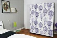 IKEA PAX | creatisto / Du suchst nach Möglichkeiten, deinen IKEA PAX Schrank aufzupeppen? Hier findest du verschiedene Inneneinrichtungs- und Gestaltungstipps mit Möbelfolien, DIY-Aktionen oder neuen Ordnungssystemen. So wird dein Kleiderschrank zum Blickfang im Schlafzimmer!