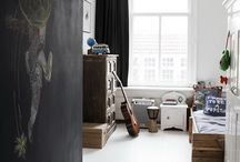 boys' room / inspiration for a tiny gray-black-white teen bedroom