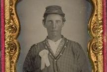 People Wearing Cockades / Photographs from the mid 1800s of people wearing cockades
