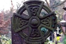 Celtic symbols, signs, knot, ring, cross