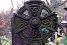 Celtic symbols, signs, knot, ring, cross
