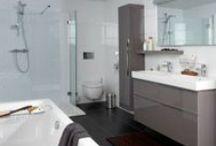 Sphinx badkamer / De Sphinx badkamer is compleet en comfortabel. Deze zeer luxe badkamer is samengesteld met producten van Sphinx en Grohe.