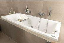 Soft Line badkamer / De Soft Line badkamer is een comfortabele badkamer met heel veel mooie details. Van een soft-close toilet en soft-close lades in het badkamermeubel. Een douchezitje en een soepel geleide douchedeur voor extra comfort.
