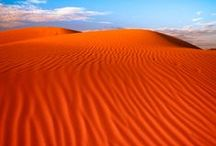 Desiertos_Soledad / el desierteo es en si mismo un paisaje infinito, su amplitud, sus grandes espacios abiertos, la soledad que embuelve estas paisajes, evocan reflesion, meditación, aventura y algo misterioso, los desiertos paisajes de una extraña y singular belleza,Desierto del Sahara  9.400.000 km² -Norte de Africa, Desierto de Gobi 1.295.000 km² - Mongolia.China, Desierto  de Taklamakán-Junggar Pendi  270.000 km² -China, Desierto de Rub al-Jali 650.000 km² - Arabia Saudi ,etc                 / by javier garcia rodriguez