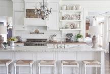 Kitchens / by Kim Way
