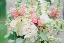 Bouquets / Wedding bouquet inspiration for your big day! From peonies & succulents to hydrangeas and roses, these bouquets are gorgeous!
