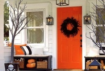 SEASON: Fall & Halloween / Ideas for decorating and entertaining during Fall & Halloween.
