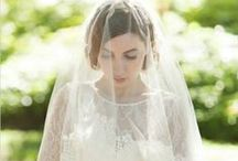 Veils / Veils and headpieces for your wedding day. Headbands, fascinators, cathedral veils, birdcage veils, blusher veils, lace veils and tulle veils.