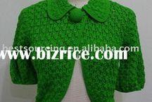 crafty... crochet clothes / by Danie Honeybun