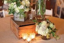 WEDDING TABLES & CENTERPIECES / by Charlotte Hosten