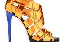 Sapatos, botas, sandálias, sapatilhas e afins! / Paixão!