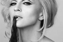 Madonna! Diva! / Se eu fosse uma artista internacional, seria ela. Admiro demais!