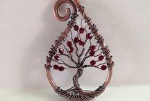 gioielli in filo metallico