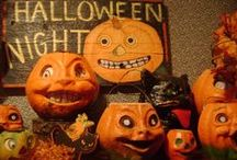 Vintage Jack-o-Lanterns and Candy Containers / by Margaret Basnett