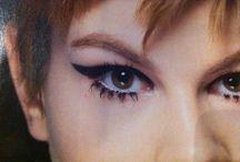 Make up, up!!