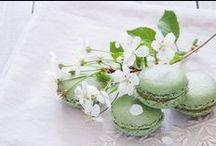 Macarons / Life is sweet :)